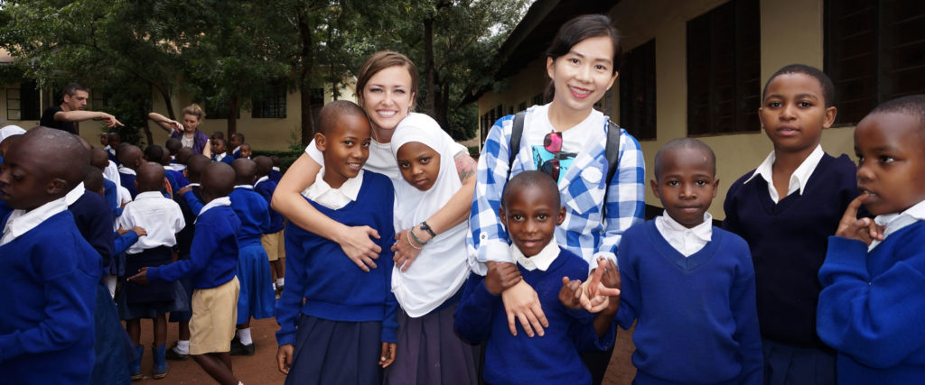 volunteering for children in Tanzania